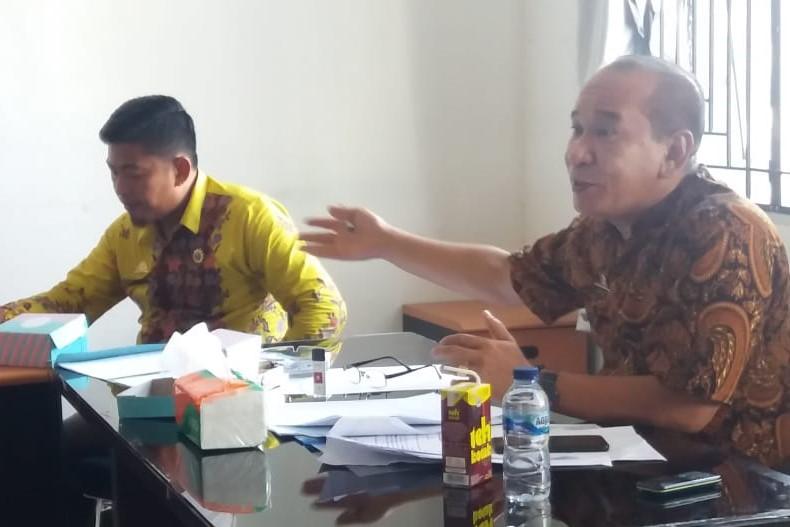 Kadis Pertanahan Pimpin Rapat Penyelesaian Perkara Tanah di Kecamatan Bastem didampingi Camat Bastem